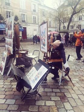 as ruas de Montmartre seguem inspirando os artistas locais